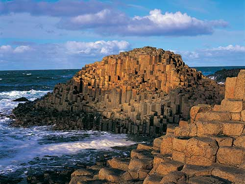 http://www.magherabuoy.co.uk/wp-content/uploads/2016/10/Giants-Causeway-26.jpg